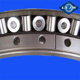 Single-row cross roller rotating bearing