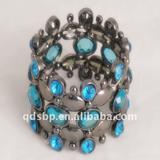 Fashion zinc alloy and acrylic charm bracelet