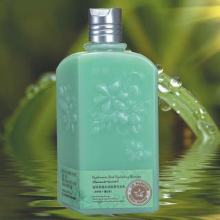 Squalene refreshing shampoo