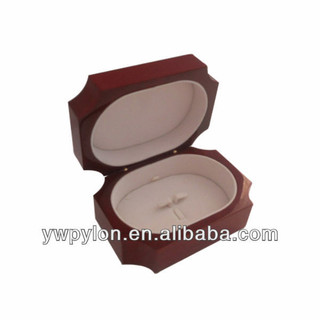 Elegant Glossy  Rring Wooden Box