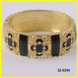 hot sell fashion bangles wholesale & gold plating jewelry with advanced technology
