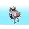 High quality dry way peanut peeler / peanut peeling machine