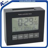 Radio controlled automatic clock