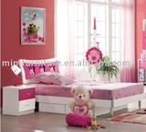 lovely red mickey bed