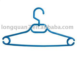 plastic clothes hanger with awivel hook