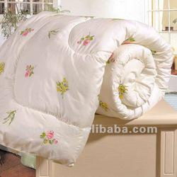printed polyester down quilt
