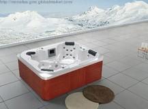 Freestanding massage 4 person walk-in bathtub