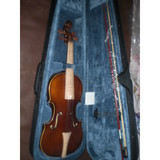Student baroque violin