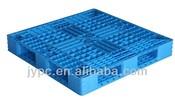 grid crisscross plastic pallet