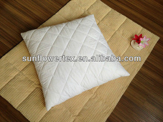 decorative quilted diomand pillow protector