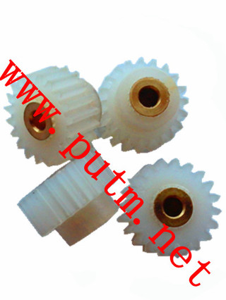 Nylon-12 Plastic Cylindrical Spur Gear with Brass Insert