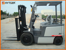 1.5-3 Ton TCM type 4-Wheel Electric Forklift Truck FB15-30