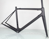 Only 950g Toray T800 full carbon road bike Di2 frame,BSA/BB30 UD matte bike frames taiwan