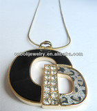 Letter C and D Metal With Crystal Leopard Print Decorate Letters Pendant