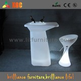 PE rechargeable colorful cocktail table with ice bucket
