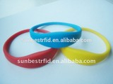 125khz and 13.56mhz funny pool waterproof rfid silicone wristband/bracelet