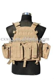 Desert Color Multiple Pouches Tactical Vest