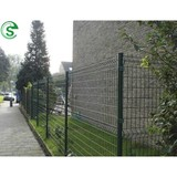 Easily assembled wire mesh fence welded fencing